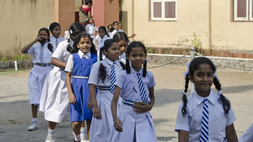 Private Schools vs Government schools – Which is better? | DU Updates